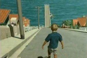 gevaarlijke jongen op skateboard