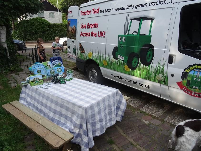 tractor-ted-nederland-bezoek-copyright-trotse-moeders-trotse-vaders-1