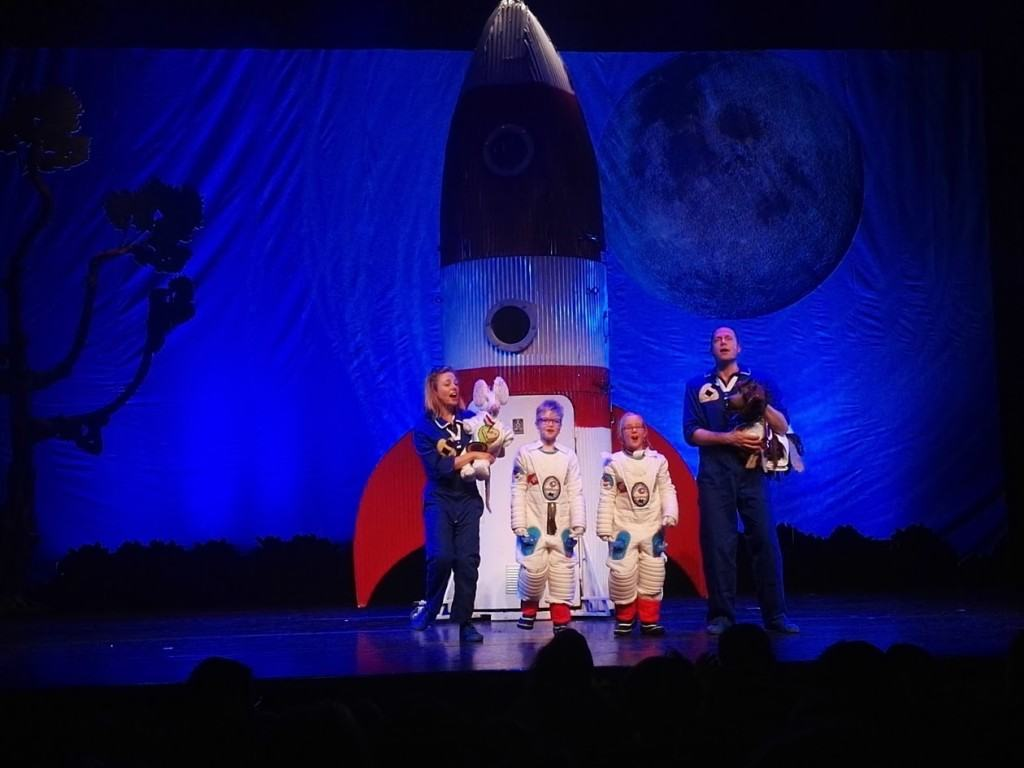 andre-astronautje-andre-kuipers-theater-recensie-voorstelling-copyright-trotse-vaders-1