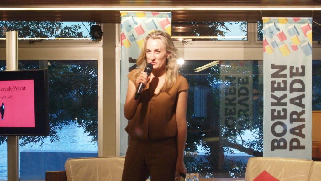Boekenparade Amsterdam - Poirot avond - Ilse Ruijters presentatrice