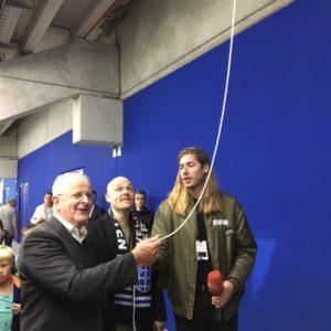 opening-blindentribune-pec-officiele-opening-door-voorzitter-sticks-en-frank-van-der-lende